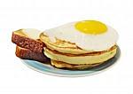 Бильярдный клуб Триумф - иконка «завтрак» в Искитиме